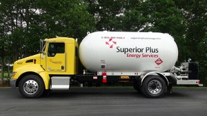 Superior Energy Services uses kenworth T370 medium-duty trucks for its bobtails