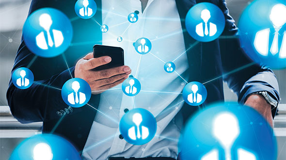 Social networks help your recruiters find possible targets to contact. Photo: iStock.com/BLUE PLANET STUDIO