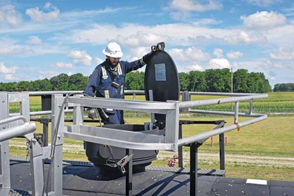 rail worker Photo: LP Gas staff