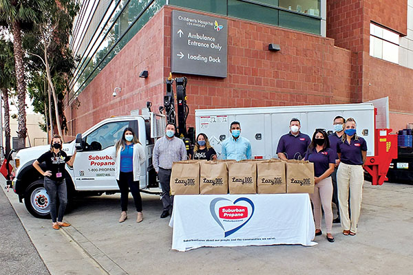 Suburban Propane, in partnership with the Los Angeles Chargers and Lazy Dog Restaurant & Bar, delivered 1,000 meals to Children's Hospital Los Angeles to feed the entire night staff. Photo courtesy of Children's Hospital Los Angeles