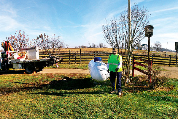Todd Shreve of Superior Plus Propane uses a Pipehorn locator to sweep and identify all lines prior to excavation. Photo by Noel Haro/Superior Plus Propane