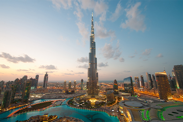Dubai skyline photo: dblight/E+/Getty Images)