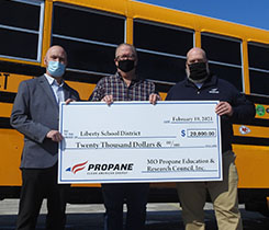 The rebate presented to the school district is part of MOPERC's Clean Bus Replacement Plan, which has committed $1 million to help Missouri school districts transition from diesel to propane buses. Photo: Missouri Propane Education & Research Council